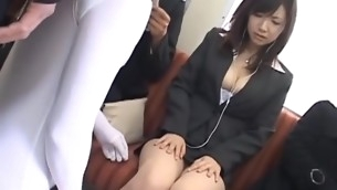 Virginal-looking chick sucks detect and hale gets twat banged